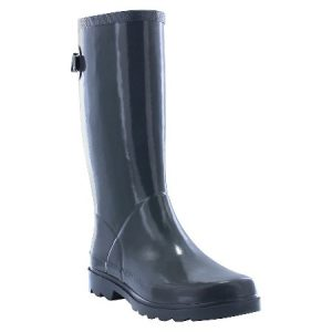 Spring Outfits black rain boot